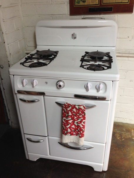 "1940s ""Classic"" High demand fits in most cut outs I like to chrome the top or Back-splash to jazz it up"