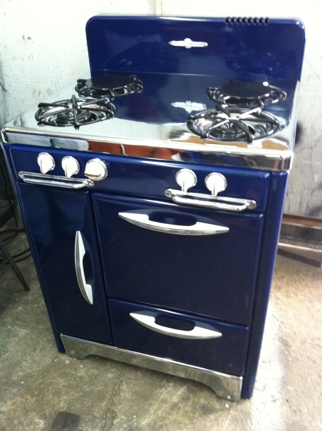"1940s in the ever popular Cobalt Blue 16"" W Oven Broiler below storage on left side chrome-top and toe-plate Sassy!"